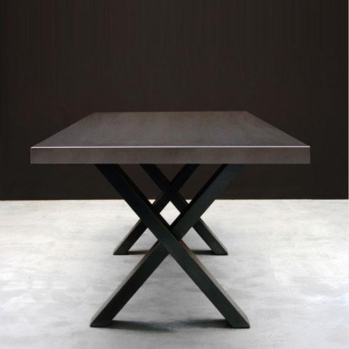 Irony Cross table_f1