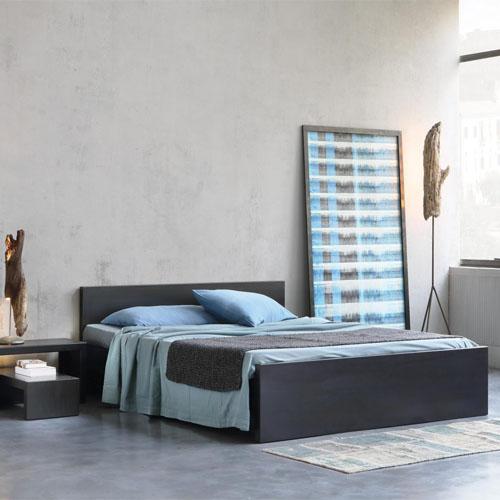 Irony bed-f1